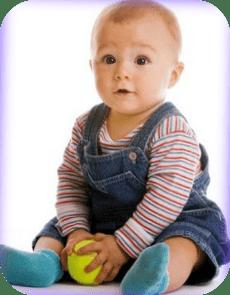 ayudar al bebe a sentarse